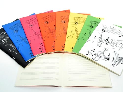 Caderno A5 linhas e pautas
